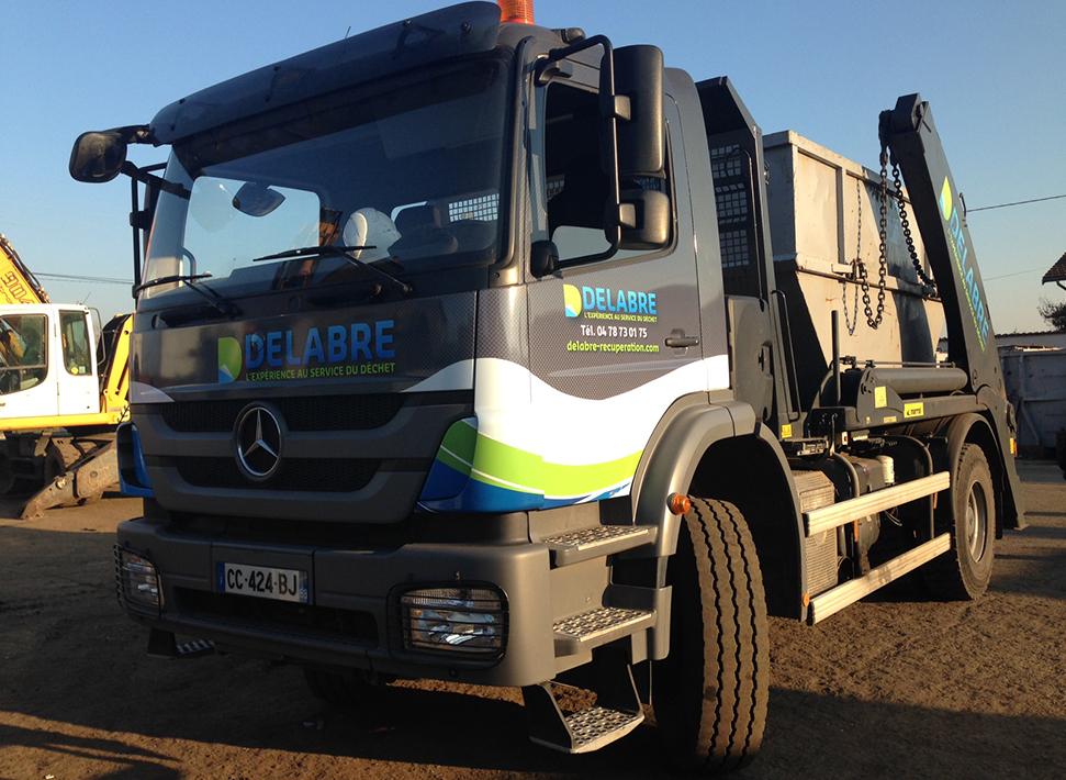 Camion benne à déchets Delabre