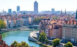 Centre de tri des déchets à Lyon et sa région