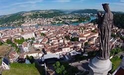 Location de bennes à Vienne et dans l'Isère